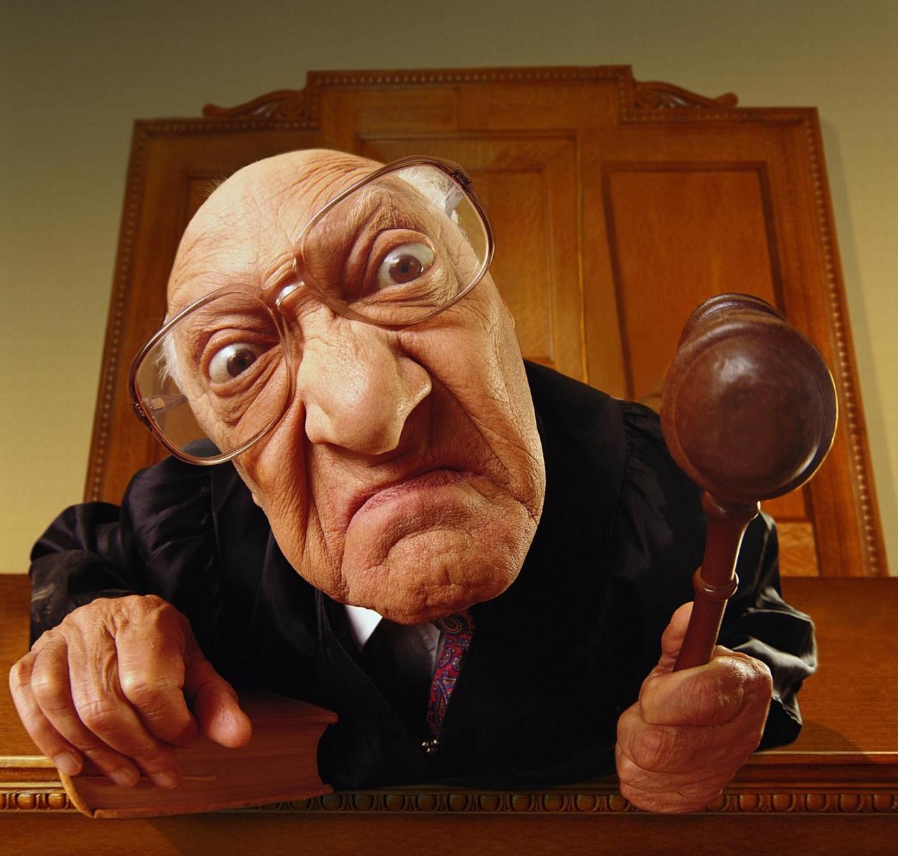 Куда и как пожаловаться на судью