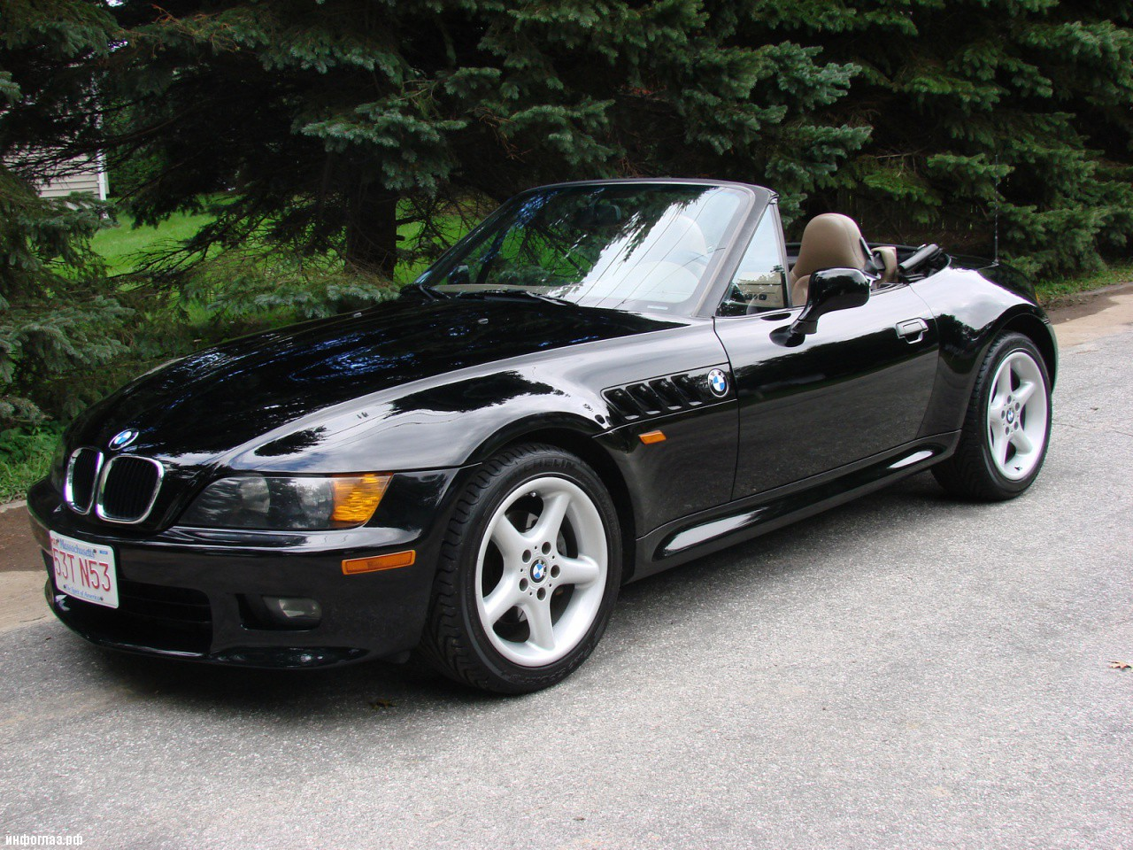 bwm z3 The bmw z3 was the first modern mass-market roadster produced by bmw, as well as the first new bmw model assembled in the united states the z in z3 originally stood for zukunft (german for future) the z in z3 originally stood for zukunft (german for future.