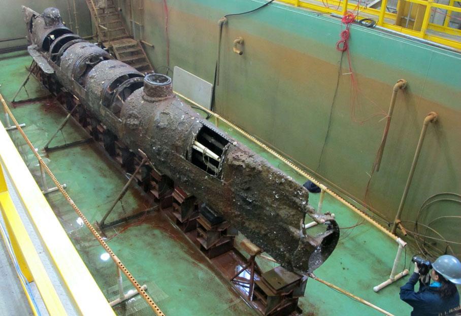 Субмарина конфедератов - первая в мире подводная лодка, успешно примененная в бою.