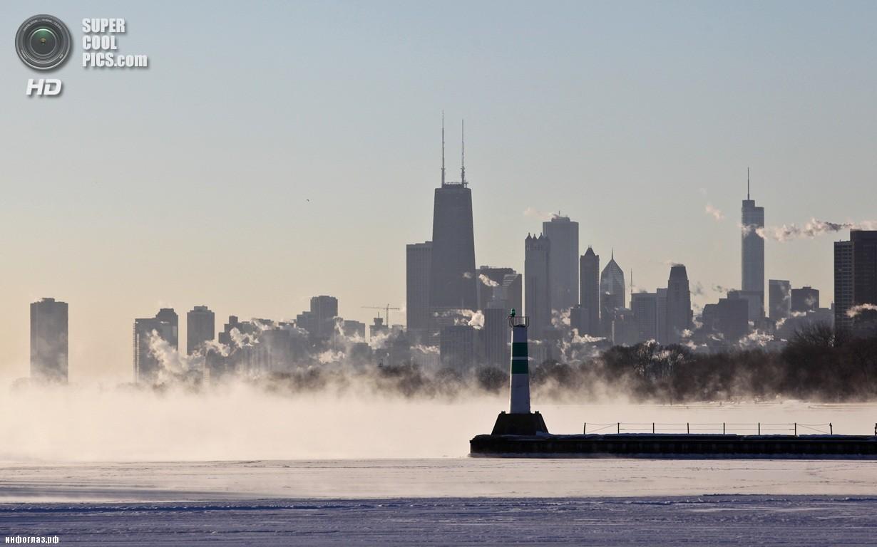 США. Чикаго, Иллинойс. 6 января. Озеро Мичиган. Последствия рекордных морозов. (AP Photo/Teresa Crawford)