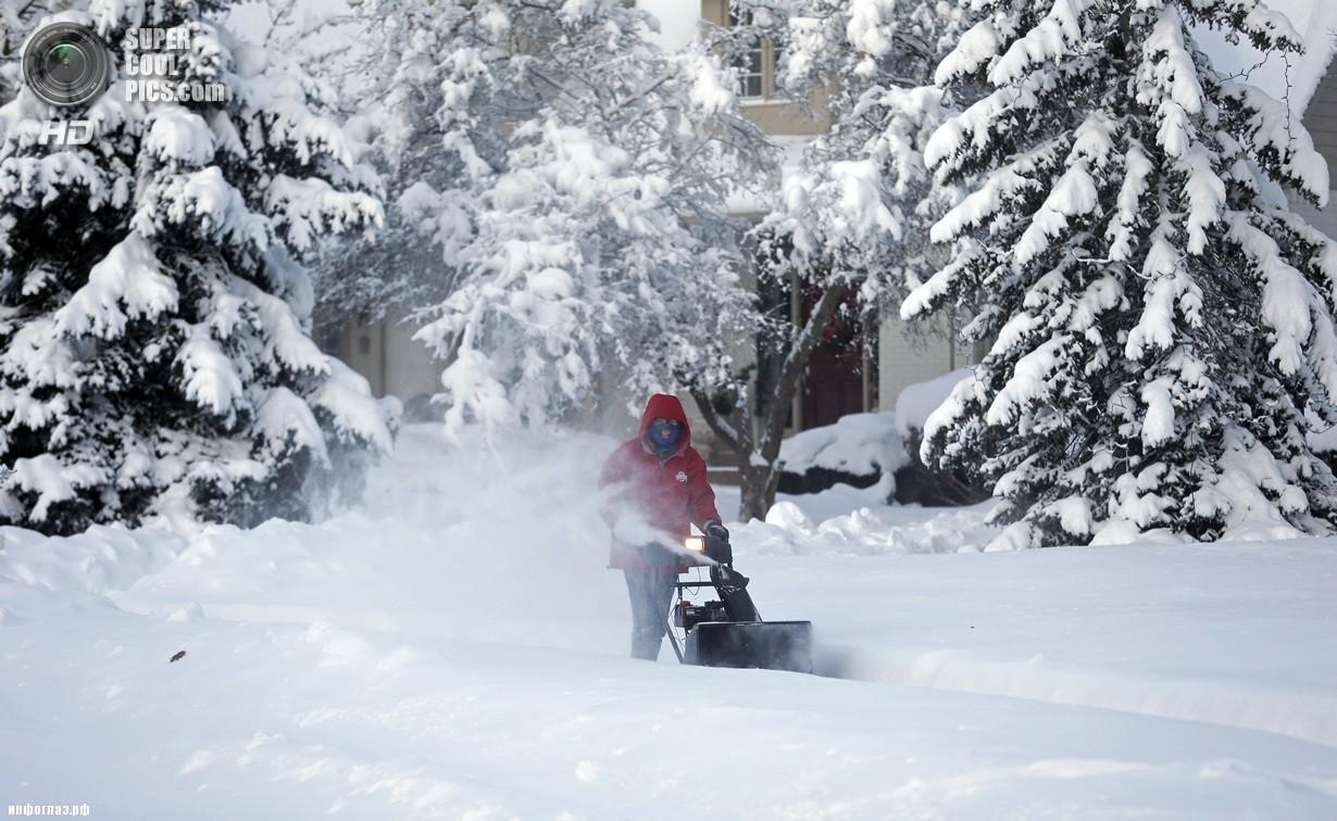 США. Миннеаполис, Миннесота. 6 января. Последствия рекордных морозов. (AP Photo/Michael Conroy)