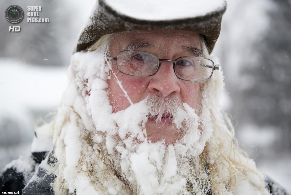 США. Флинт, Мичиган. 5 января. Последствия рекордных морозов. (AP Photo/Michelle Tessier)